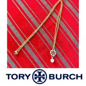 ❤️NEW TORY BURCH AUTH LOGO CHARM w PEARL NECKLACE